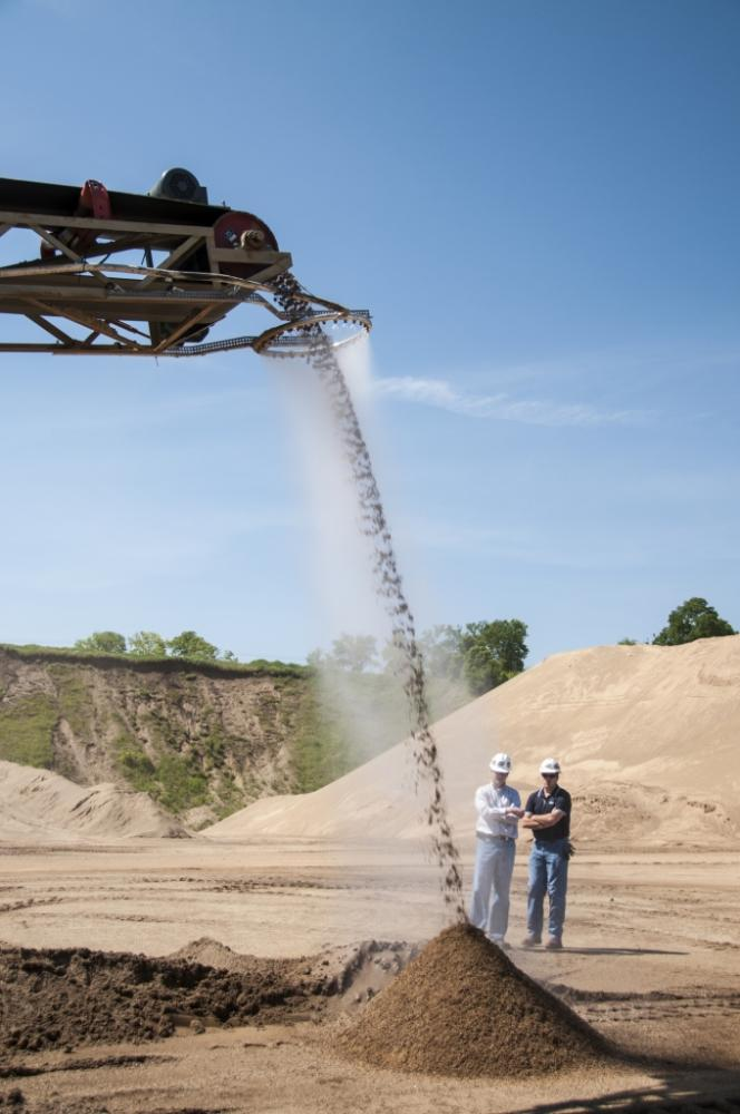 Dust Suppression Rings For Conveyor Discharge Points