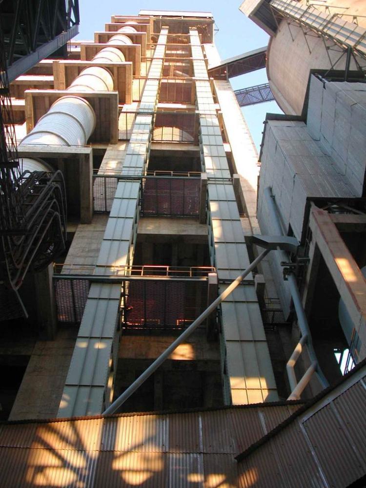 Beumer Supplies World S Highest Bucket Elevator Powder