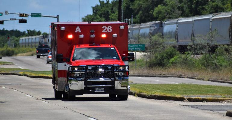 ambulance-5272148_1920.jpg