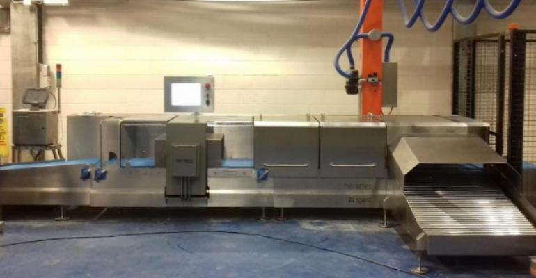 This combination metal detection and checkweighing system was built specifically for inspecting bulk food items.