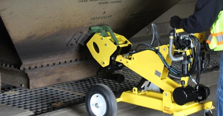 Rhino Railcar Vibrator Lifter