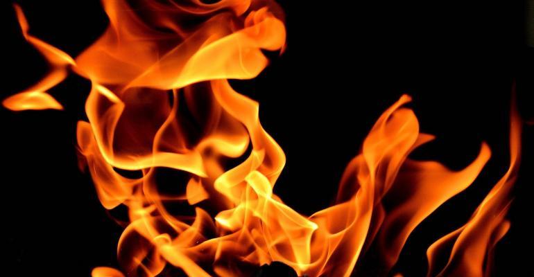 fire-2204302_1920.jpg
