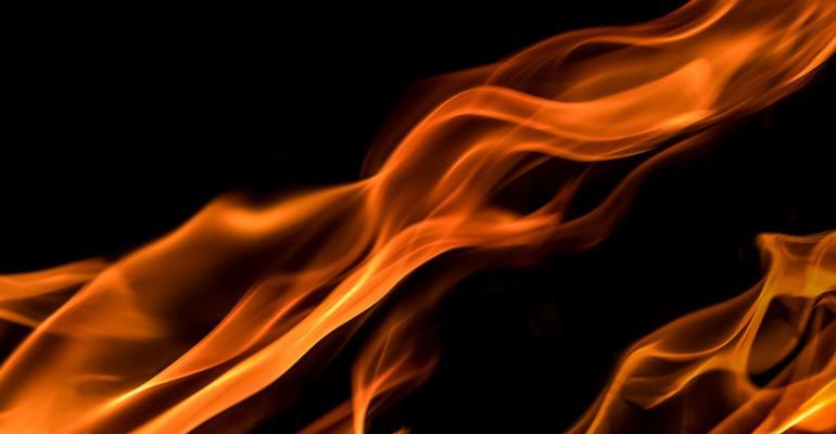 flames-1645399_1920.jpg