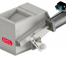 DCL curved blade valve