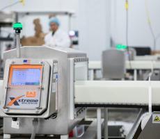 Eriez Xtreme metal detector conveyor system