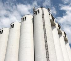 Figure 1: Radar sensors are ideal for measuring level in tall silos that hold bulk solids.