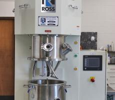 Ross Model PDDM-4 four-gallon planetary dual disperser