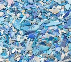 Image 2: Jagged and irregular recycled plastic