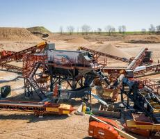 Fusion modular platforms are used for for aggregate crushing, sorting, sizing, and washing applications.