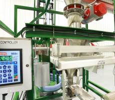 Thayer Scale's S52c loss-in-weight weigh feeder controller installed on material test center equipment