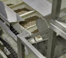 TipTrak conveyor handling biomass pellets