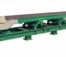 Carman Industries' vibrating conveyor with custom support structure