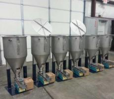 JVI feeders and integral hoppers
