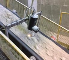 Finna Group Model SMART III NIR on-line moisture analyzer