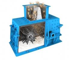 The double row chain mill is a simple, rugged, high-volume crusher designed to easily reduce tailings for conveyance.