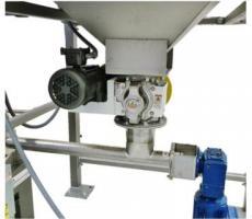 Metalfab MHS volumetric transfer screw