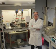 Dr. Götz Leser is leading a team of researchers from the University of Pittsburgh (Pitt) and chemical manufacturer Lubrizol to develop new process technologies. Image courtesy of Pitt