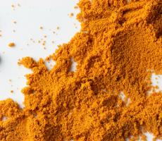 "Turmeric, pictured above, and other ""super powders"" are expected to be one of 2018's top food trends. Image courtesy of Flickr user jackson3"