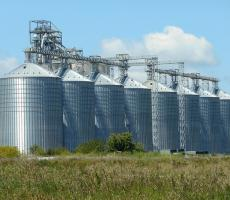 Powder & Bulk Solids created this list of the top silo failure videos. Image courtesy of Pixabay